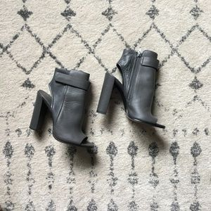 Vince cut-out-booties - Size 37/US7